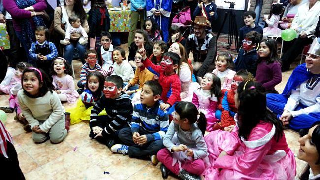 Fiestas infantiles en barcelona a domicilio fiesta infantil for Fiestas tematicas bcn