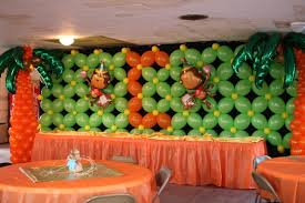 Decoración del lugar con globos