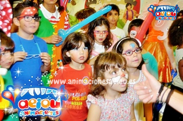 Animadores para bautizos en Lleida