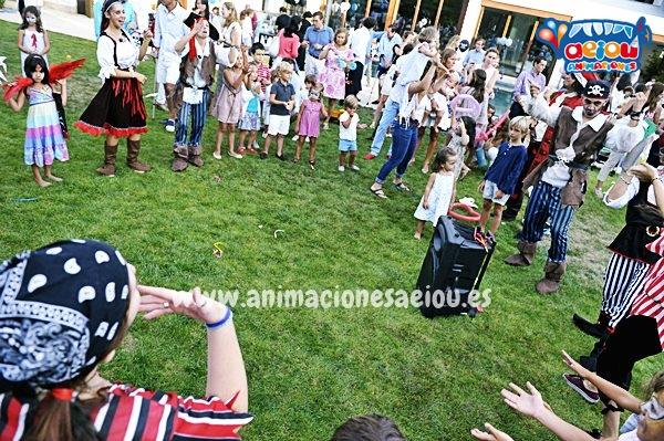 Cumpleaños infantil multitudinario como entretener a los niños