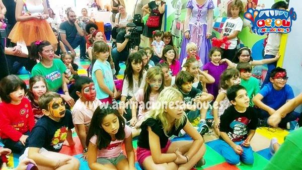 Cumpleaños infantil multitudinarios como entretener a los niños