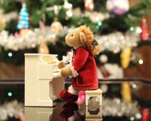 Las mejores canciones y títulos para tu fiesta de navidad