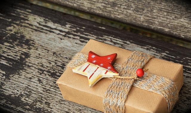 Consejos para envolver regalos creativos de cumpleaños