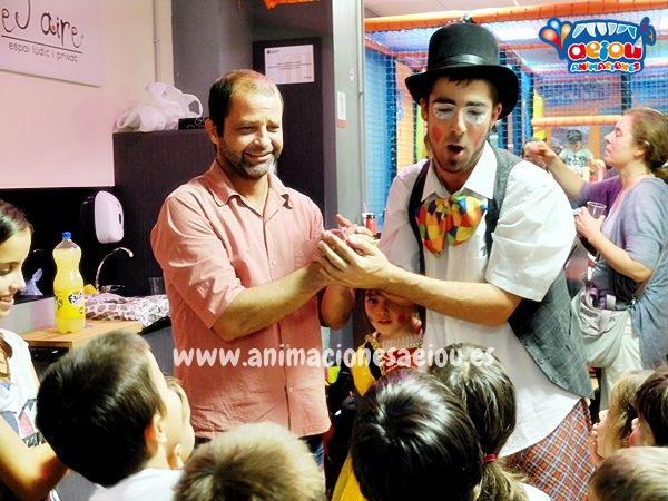Contrata un mago a domicilio en Girona