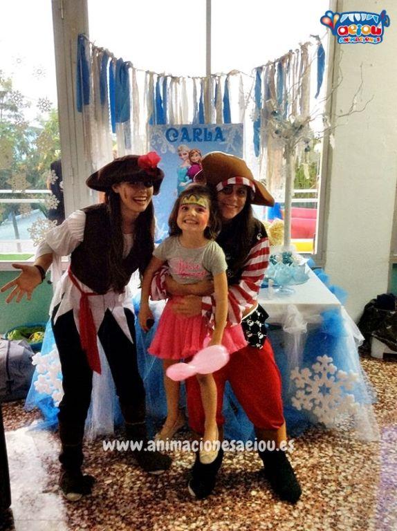Un mundo de filibusteros en fiesta de Piratas en Lleida