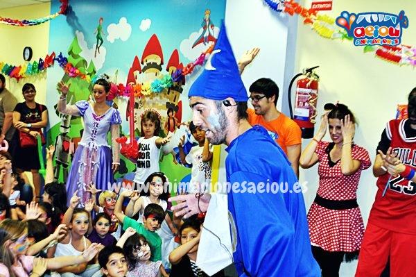 Magos divertidos para cumpleaños infantiles en Barcelona